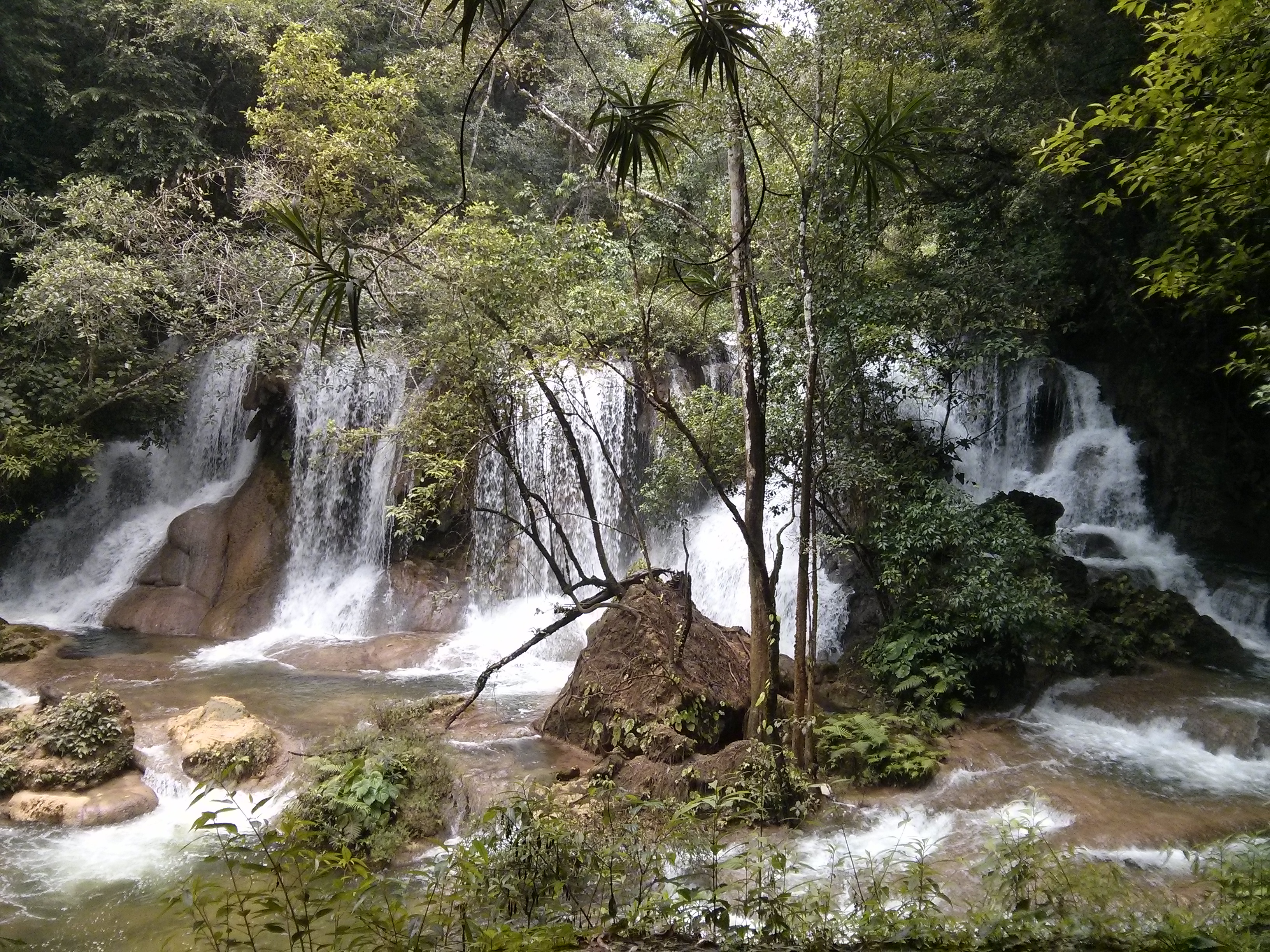 Lacandon Jungle: Cascada Ya Toch Kusam